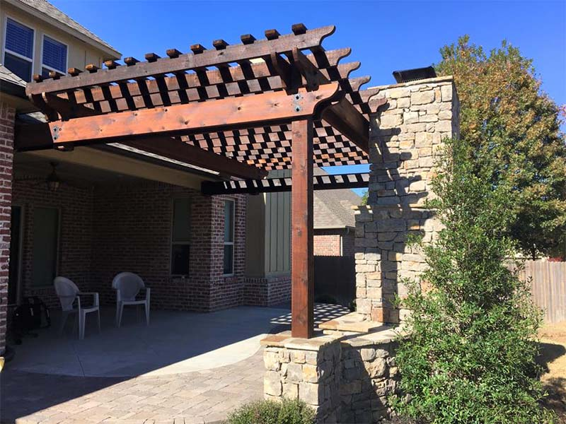 Pergola & Outdoor Kitchen in Tulsa